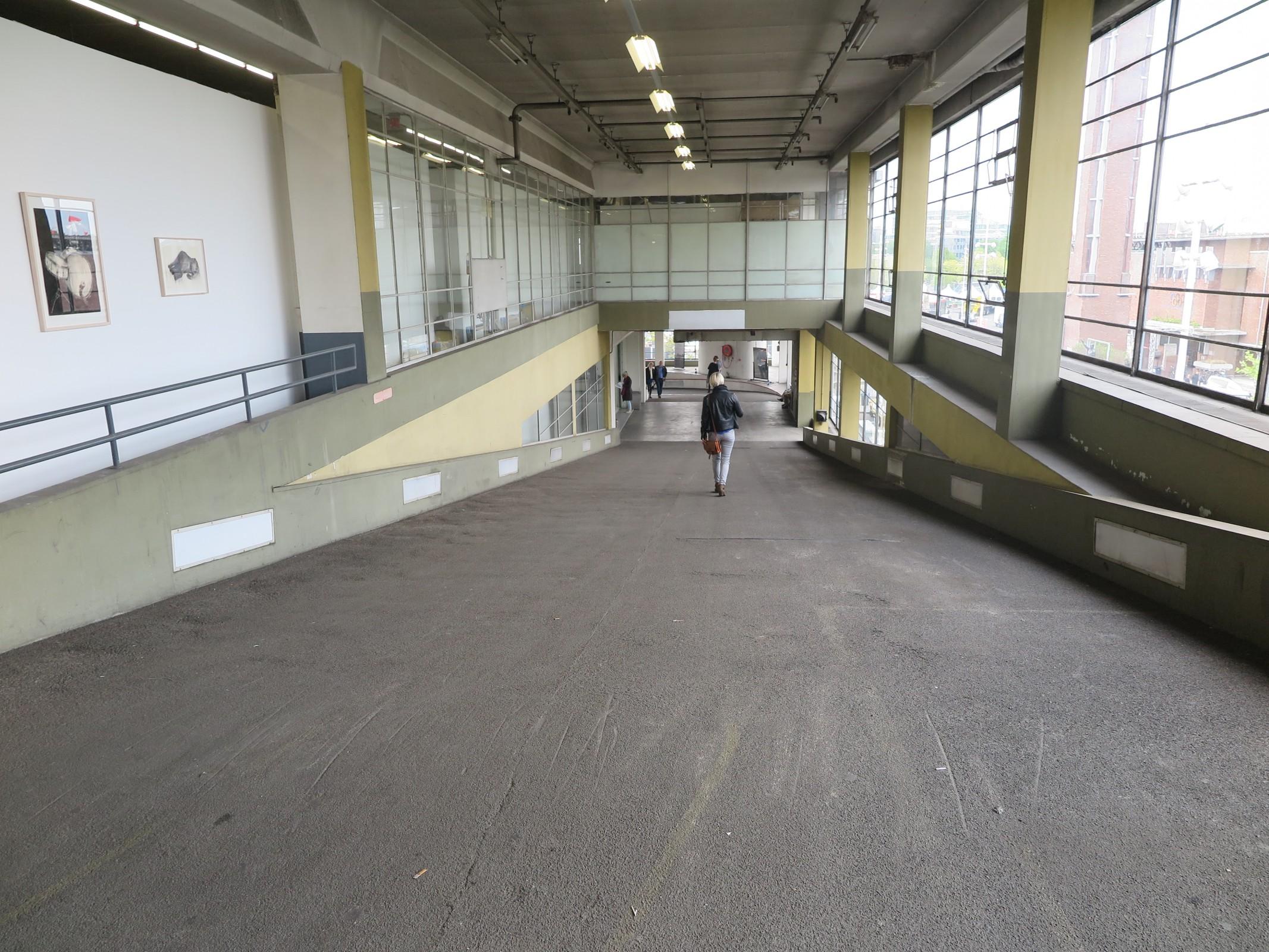 Mei 2015 kunstblijfteenraadsel for Auto interieur reinigen amsterdam