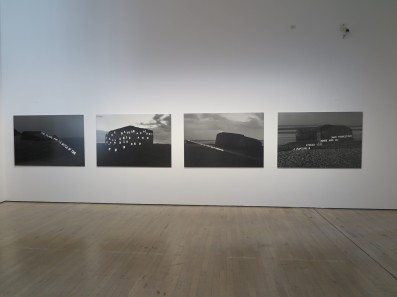 Magdalena Jetelova - Atlantic wall 2,1995